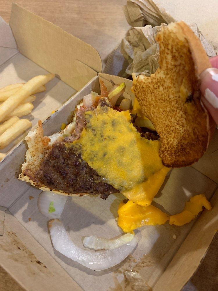McDonald's: 104 N Chestnut St, Jefferson, OH