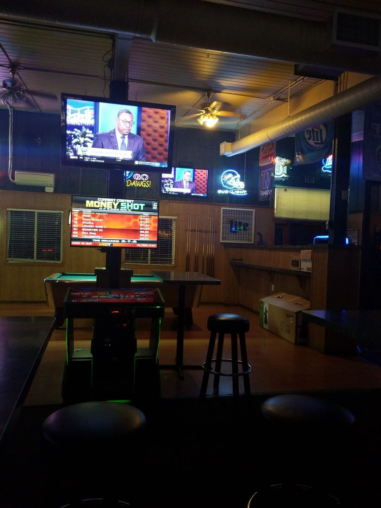 Getaway Tavern