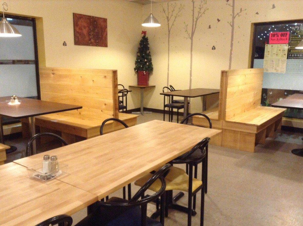 Q-Tea Asian Food & Bubble Tea: 3211 Sandwich Street, Windsor, ON