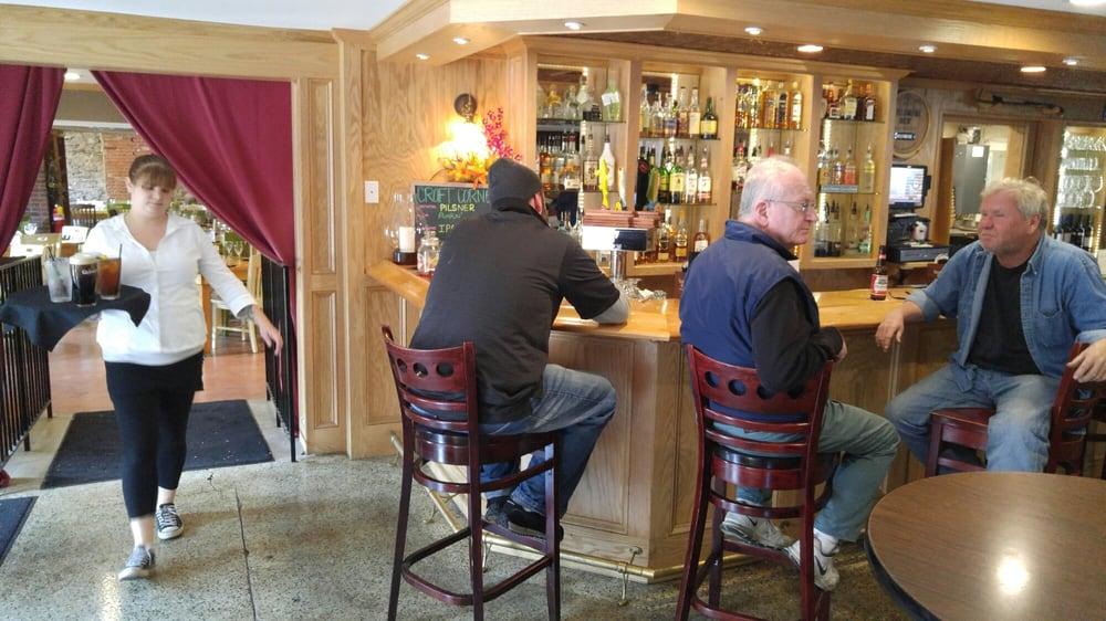 Minihane S Irish Pub And Restaurant