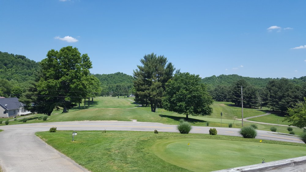 Esquire Country Club: 1 Esquire Dr, Barboursville, WV
