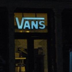 d185f409c9 Vans Shop Berlin - 13 Photos   13 Reviews - Sports Wear - Alte ...