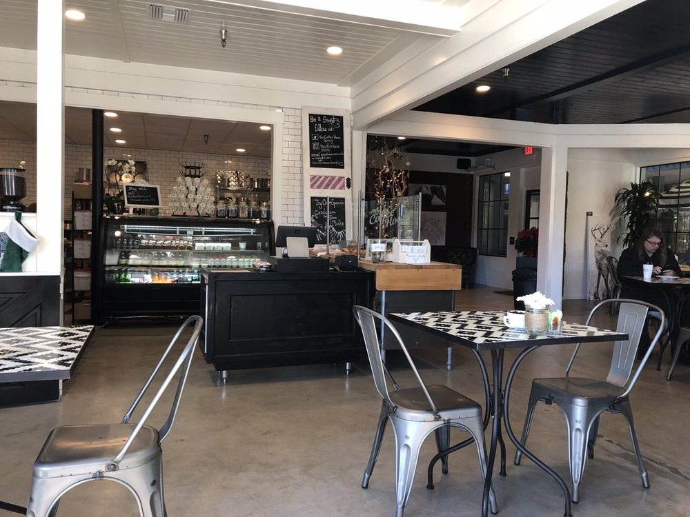The Coffee House by CHOMP: 1693 Mission Drive D103, Solvang, CA