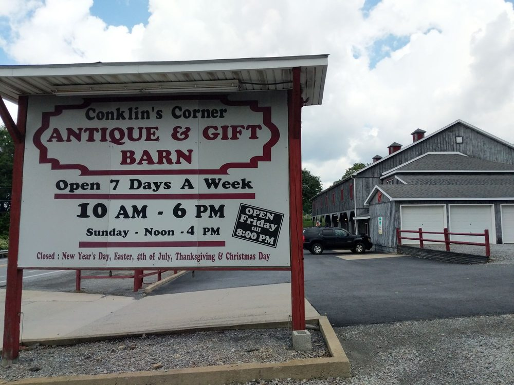 Conklin's Corner Barn: 670 Tyrone Pike, Philipsburg, PA