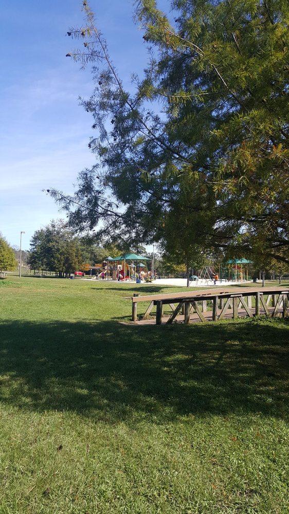 Carpenter Park: Munson Hwy Broad St, Milton, FL