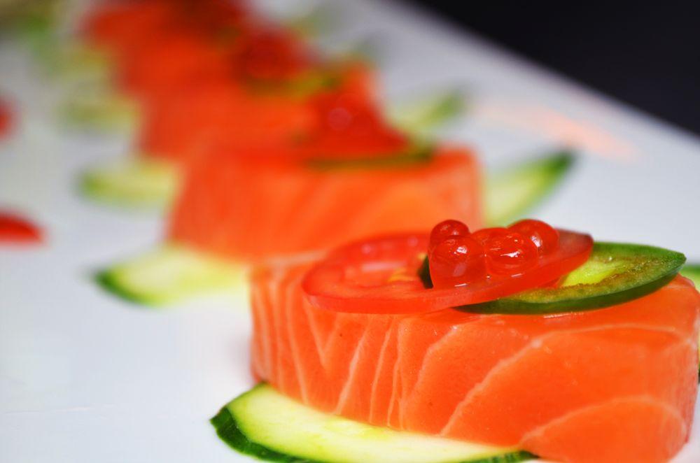 Fujiyama Sushi Bar: 10308 SE Washington St, Portland, OR