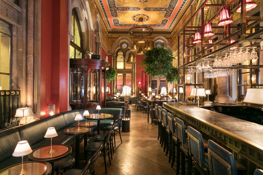 georges-bar-london