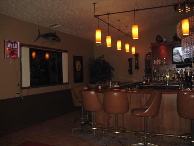 Harry's Place: 109 E Palestine Rd, Darlington, PA
