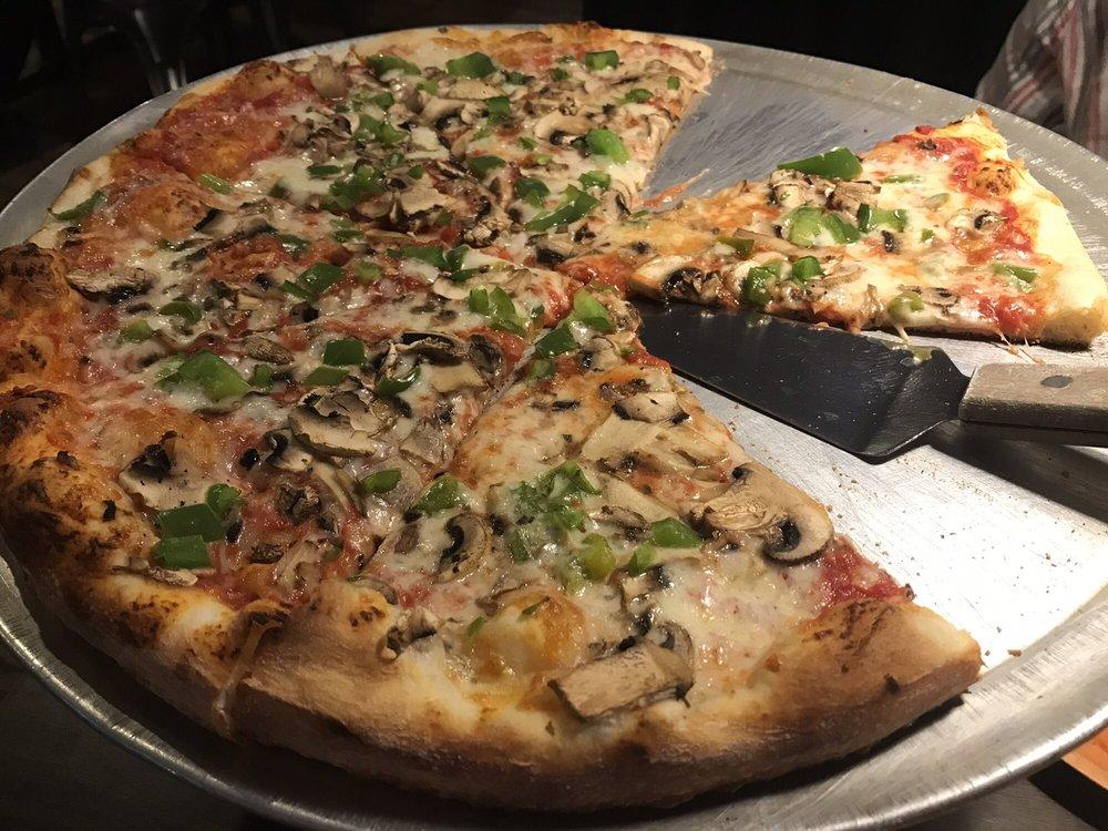 Oceanside Pizza: 300 Ocean Ave, Melbourne Beach, FL
