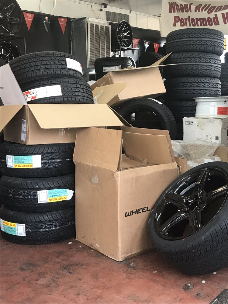 The Tire Store: 240 E Merrick Rd, Freeport, NY