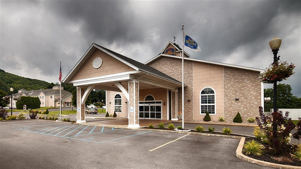 Best Western Cooperstown Inn & Suites: 50 Commons Dr, Cooperstown, NY