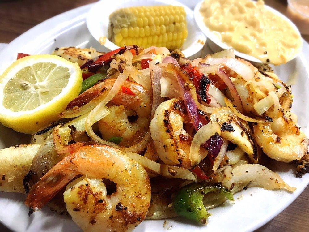 Sam's Southern Eatery: 6122 Greenwood Rd, Shreveport, LA