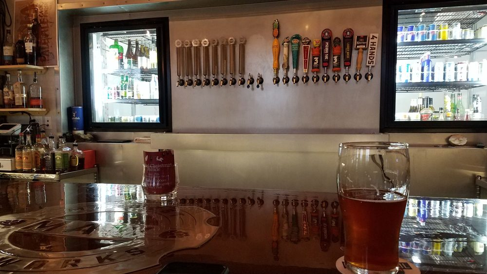 Midwest Ale Works: 537 12th Ave, East Moline, IL