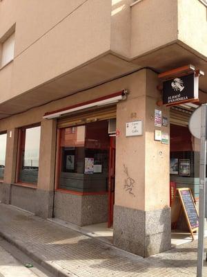 El rac d en pinilla cocina catalana carrer de la creu for Restaurante cocina catalana barcelona