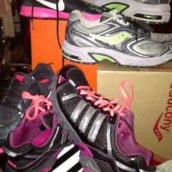 b1f2500314e8 Big 5 Sporting Goods - 12 Reviews - Sports Wear - 7351 W Lake Mead Blvd