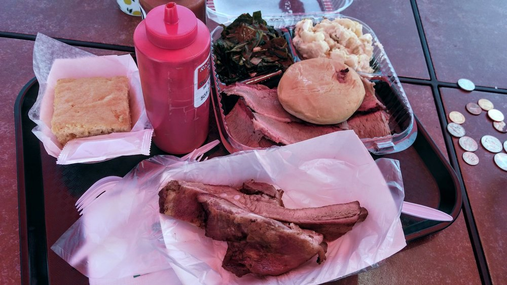 Road Runner Barbeque: 5205 SE Foster Rd, Portland, OR