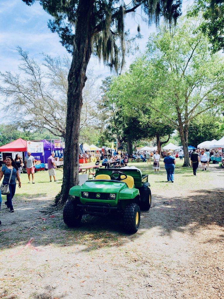Orange Park Farmers' & Arts Market: 2042 Park Ave, Orange Park, FL