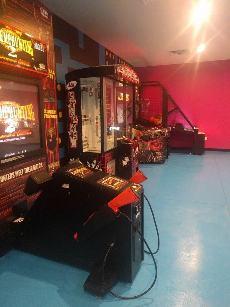 Serendipity Fun Center: 340 Los Cerritos, Los Lunas, NM