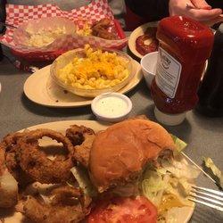 7 Hilary S Roadhouse Diner