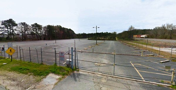CS Fleet Truck Parking 24 Racetrack Rd Mcdonough, GA Parking Garages