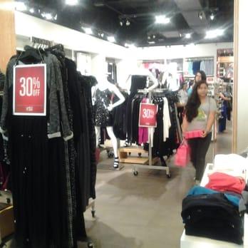 Lakewood clothing stores