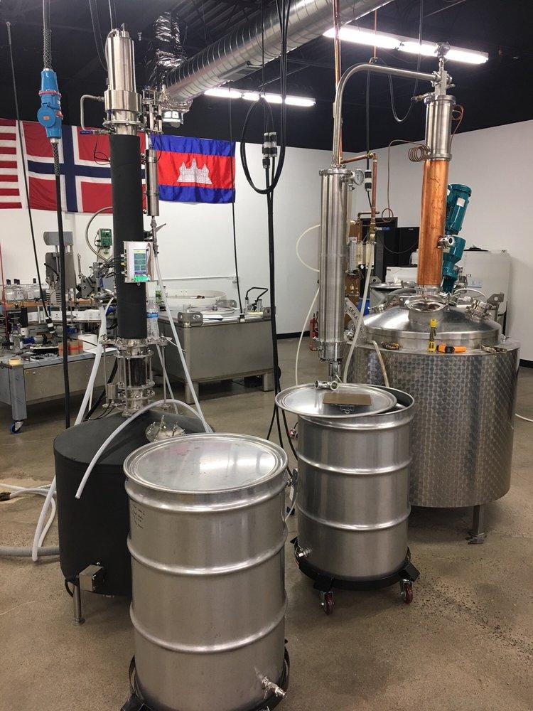 Skaalvenn Distillery: 8601 73rd Ave N, Brooklyn Park, MN