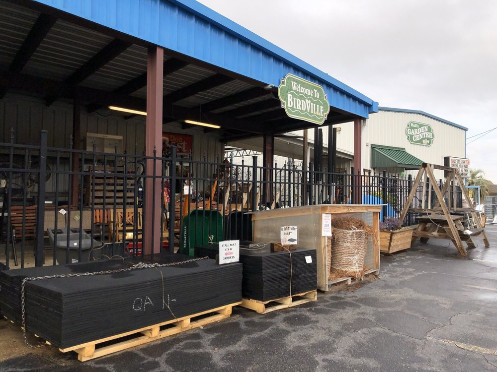 Photo of Hall's Hardware & Lumber: Milton, FL