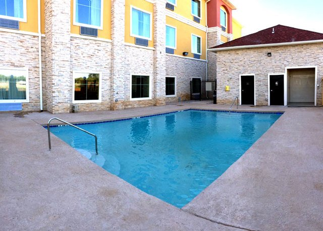 Residency Suites Cotulla: 287 W Fm 468, Cotulla, TX