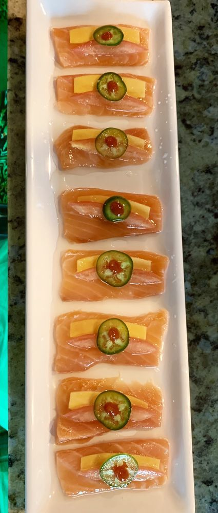 Aduu Bistro Pho & Sushi: 3906 E US Hwy 377, Granbury, TX