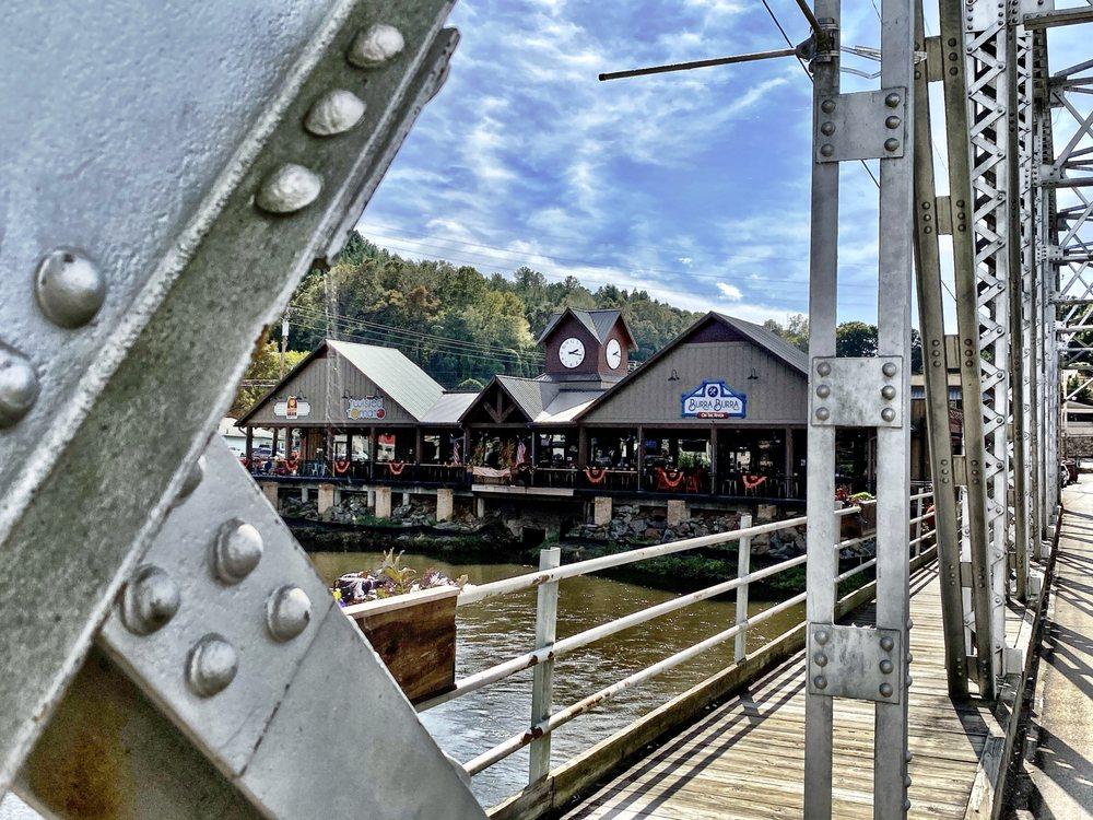 Riverwalk Shops: 100 Blue Ridge Dr, McCaysville, GA