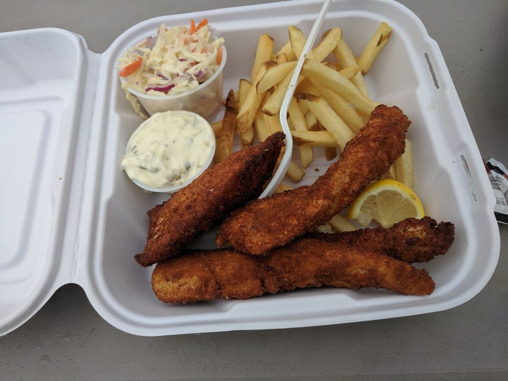 Captain Matts Fish and Chips: 64 Gratiot St, Copper Harbor, MI