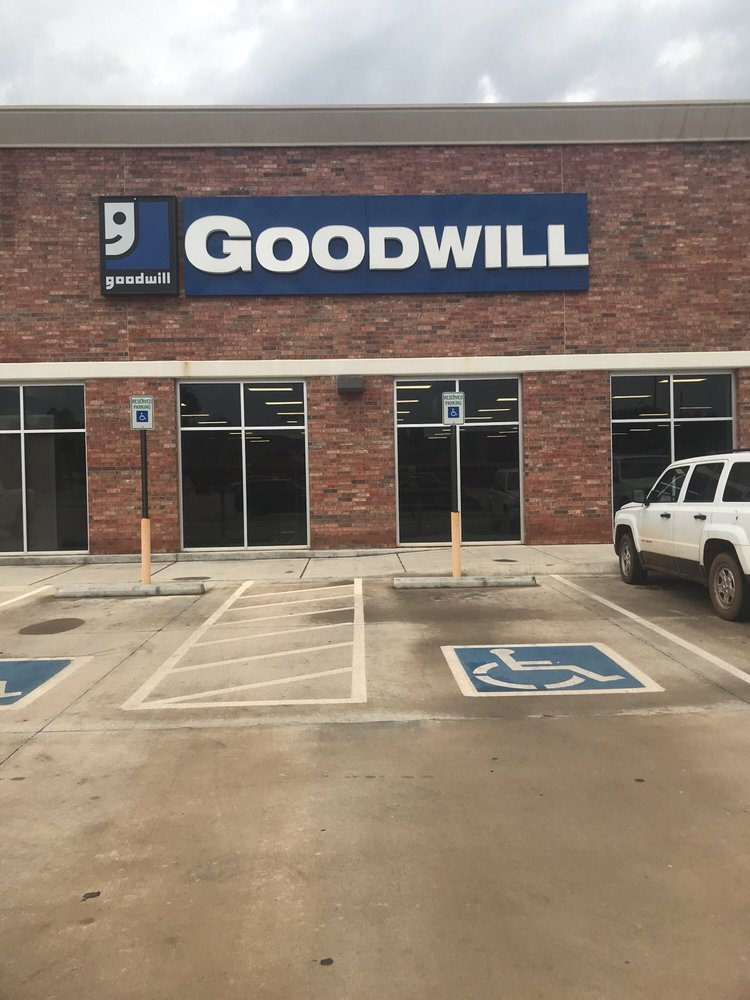 Goodwill: 501 S Division St, Guthrie, OK