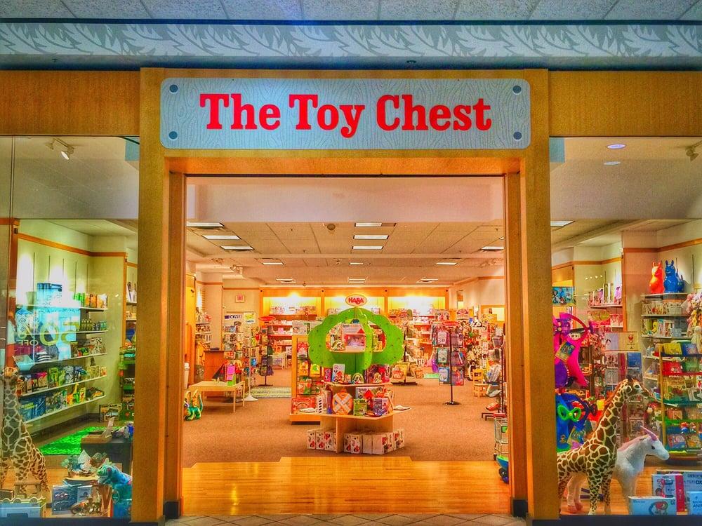 the toy chest ferm temp 17 photos magasin de. Black Bedroom Furniture Sets. Home Design Ideas