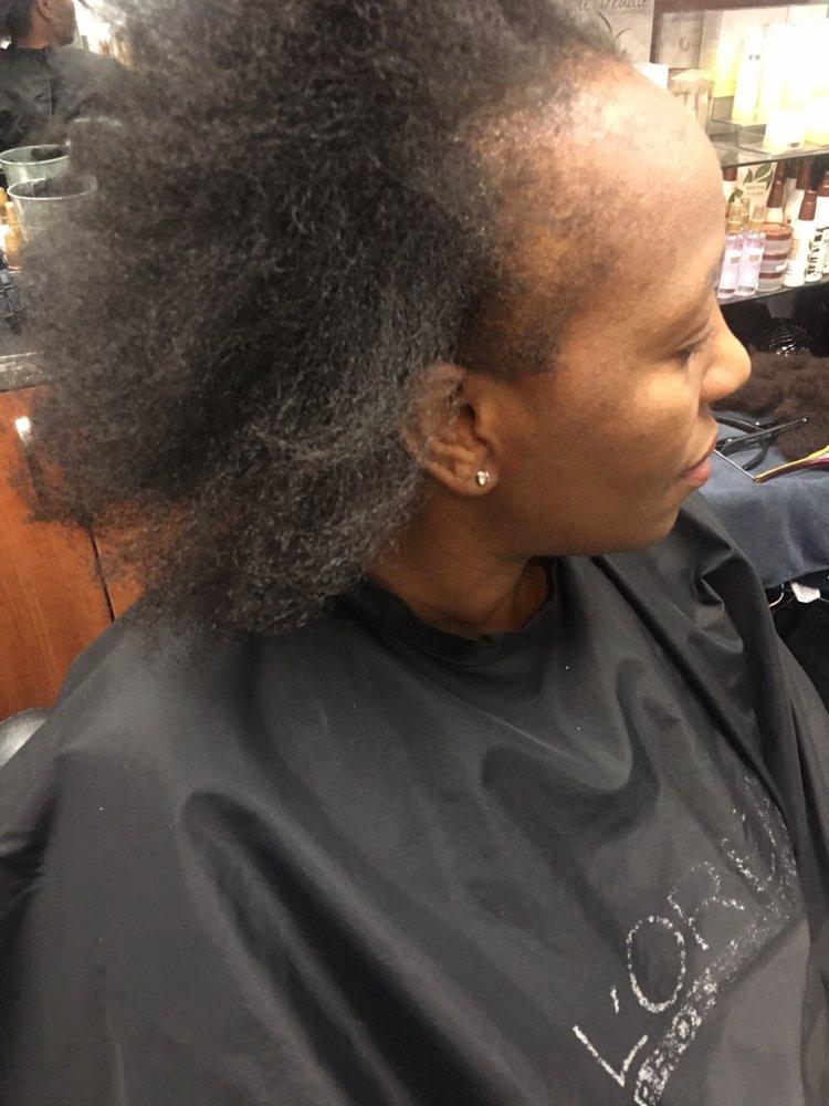Total Looks Hair By Chantal: 909 112th NE, Bellevue, WA
