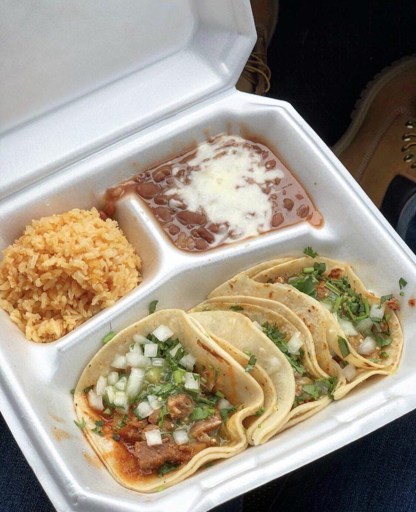 Mama Tita's Tacos: 610 S Cleveland St, Enid, OK