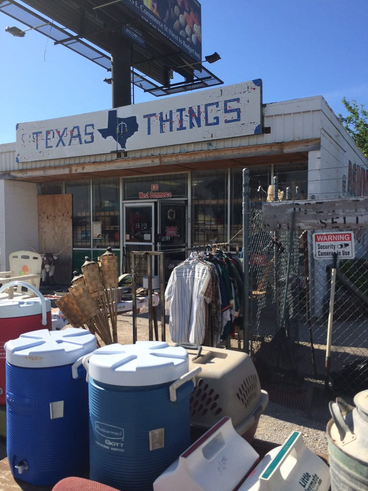 Texas Things: 830 West Commerce, Brownwood, TX