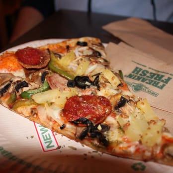 New York Pizza 12 Photos 22 Reviews Pizza Stationsplein 13