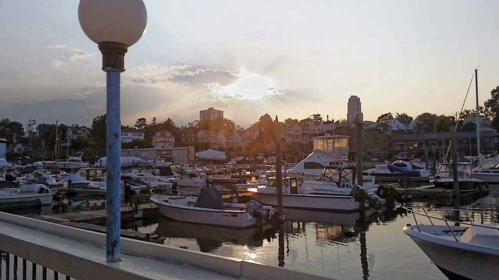 Restaurants By The Water Near New Rochelle