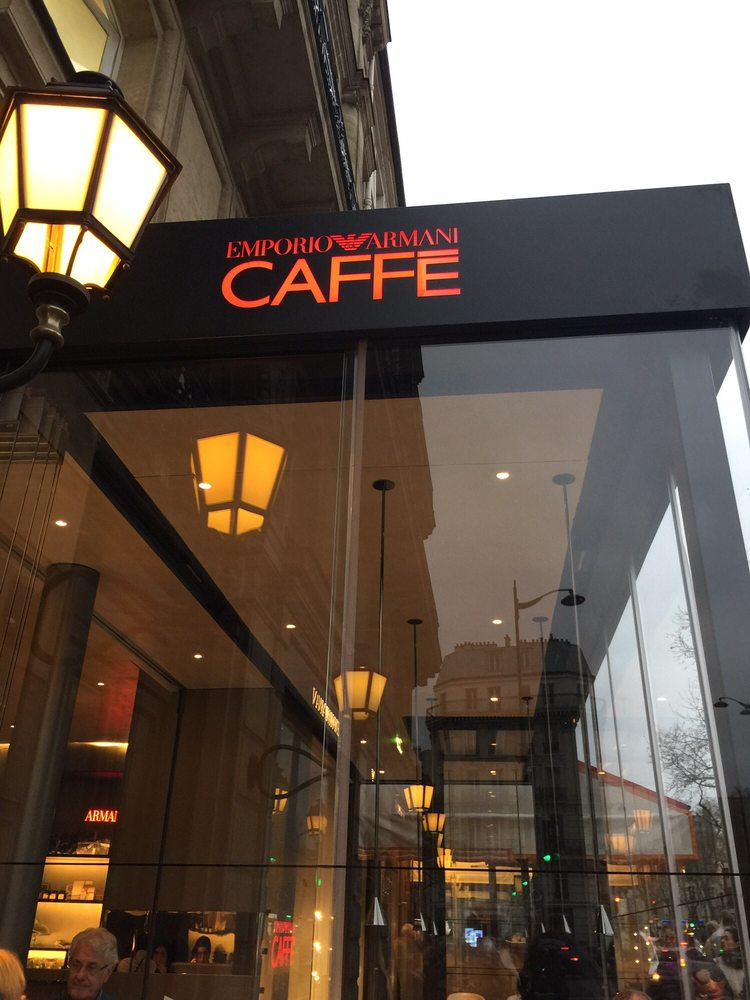 Emporio armani caffe 19 foto e 50 recensioni cucina italiana 149 bd sai - Electrorama bd saint germain ...