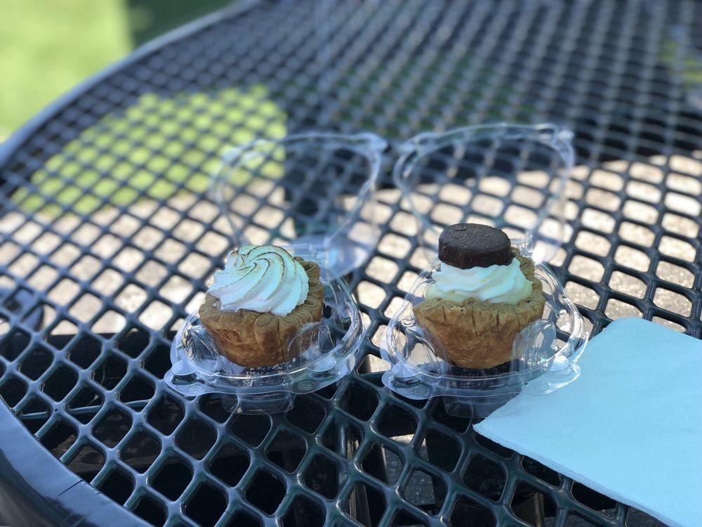 Tiny Pies