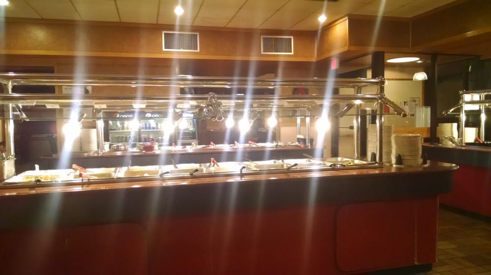 Dragon Buffet: 723 E Hwy 14, Richland Center, WI