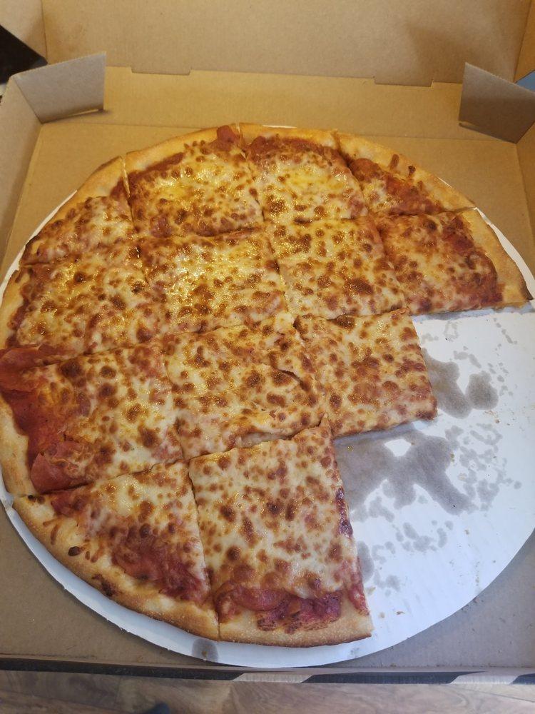 Bellacino's Pizza & Grinders: 1176 Roanoke Rd, Daleville, VA