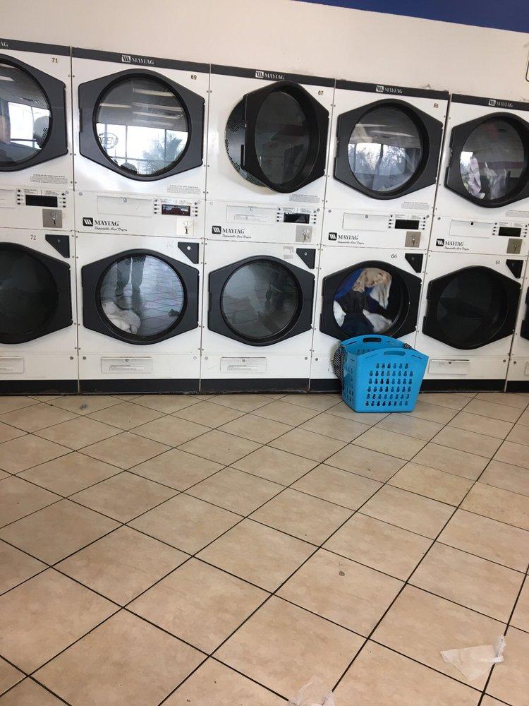 Super Laundromat: 9528 Westbank Expy, Westwego, LA