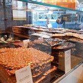 L 228 Derach Chocolatier Suisse 26 Photos Chocolatiers