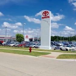 Toyota Cedar Rapids >> Cedar Rapids Toyota 11 Photos Car Dealers 1190 Boyson