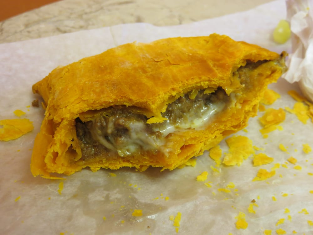 how to make jamaican beef patty dough