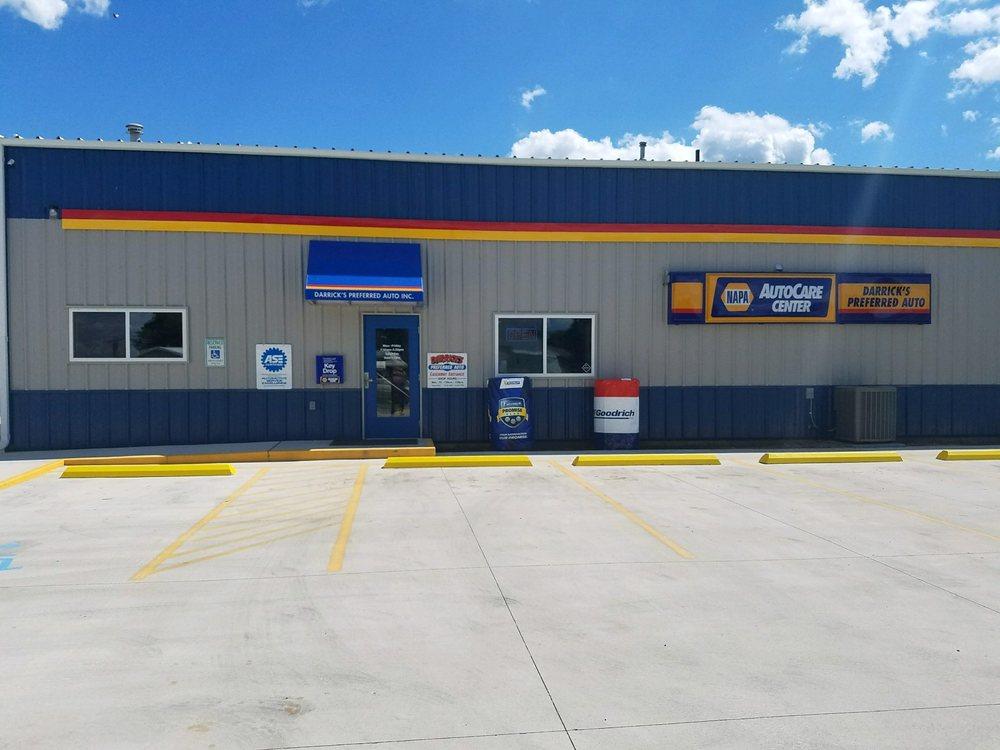Darrick's Preferred Auto: 538 S Hwy 218, Blooming Prairie, MN