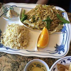 Photo Of Lakeview Garden Restaurant Westlake Village Ca United States