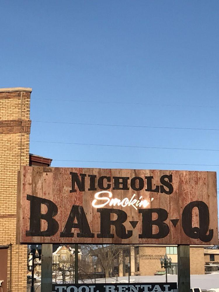 Nichols Smokin' BBQ: 415 W Main St, Cherokee Iowa, IA