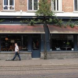 Fred & Zorro - Antiquitäten - Sint-Jorispoort 7-9, Theaterbuurt ...